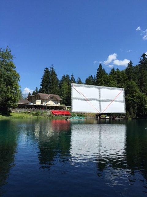 lago-blu-blau-see-svizzera-kandersteg-direzioneaeroporto