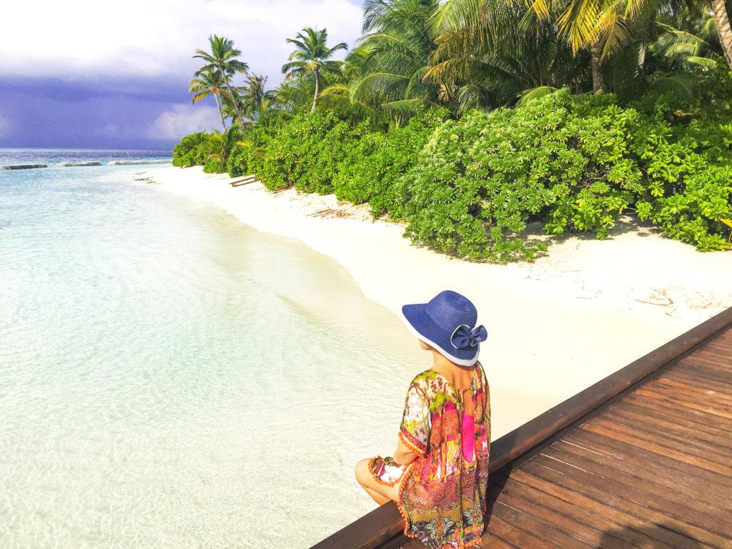 Maldive quale isola scegliere La passerella dove iniziare lo snorkelig al Maafushivaru Maldive