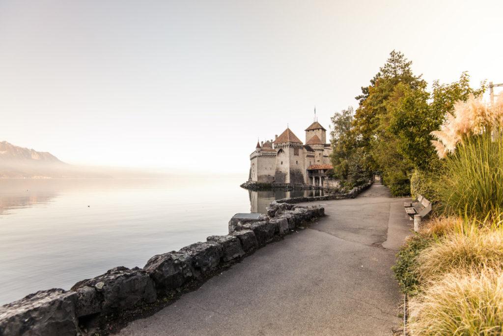 © Montreux Riviera - Chateau de Chillon