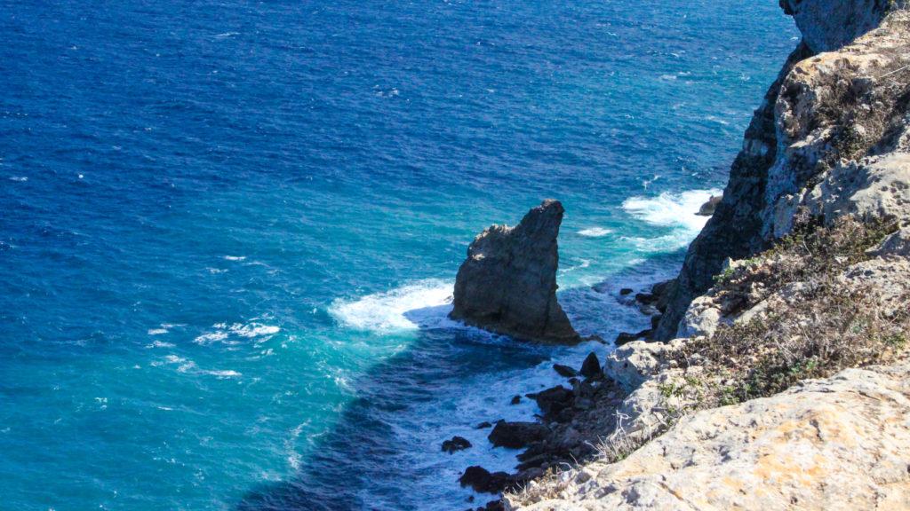 scoglio la vela a Lampedusa