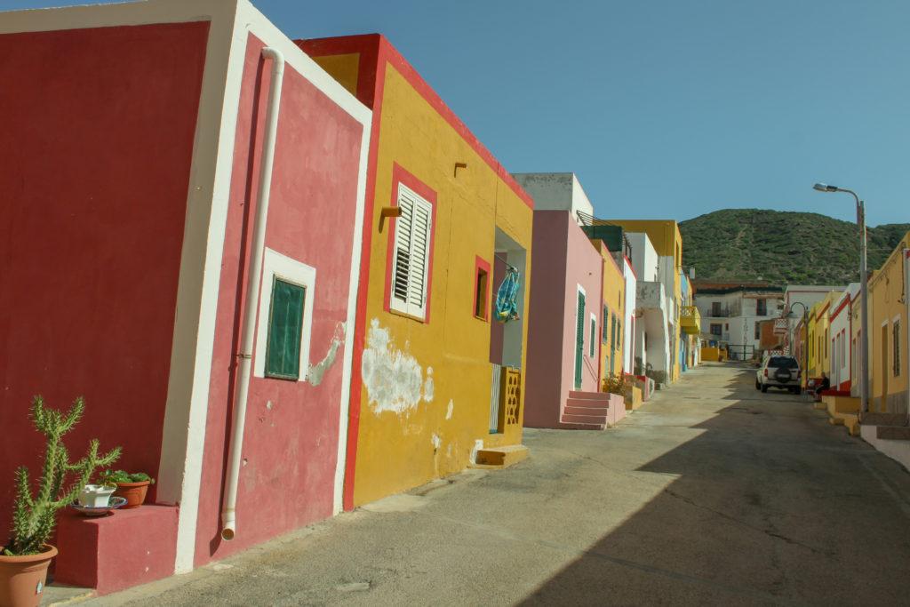 le case colorate di Linosa