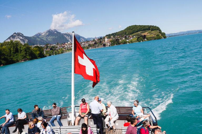 Navigazione sul lago di Thun