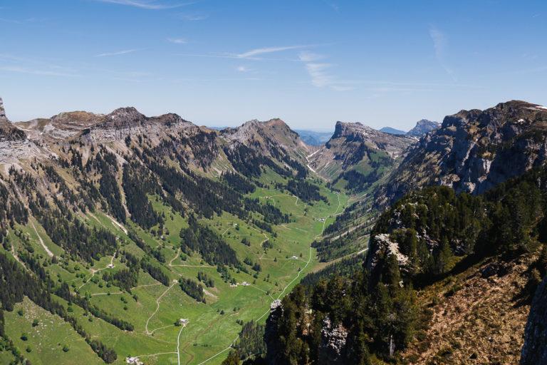 Vista dalla terrazza panoramica del Niederhorn