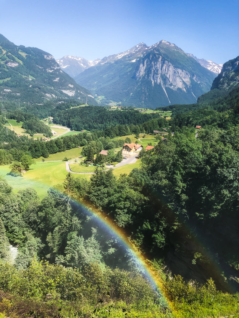 Esplorare la gole del'Aare e le cascate di reichenbach