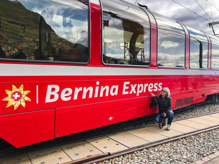 Come organizzare un viaggio con il trenino rosso del Bernina, treno panoramico