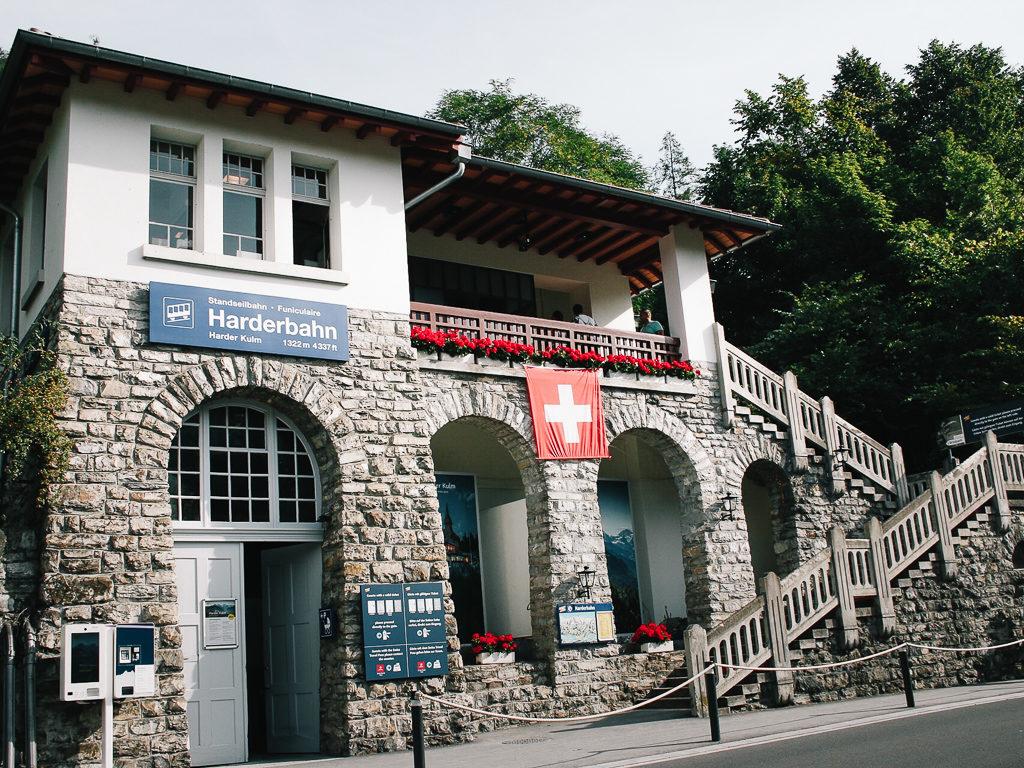 Stazione a valle dell'Harder Kulm