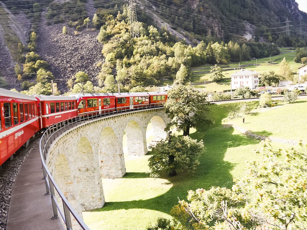 Treno rosso del Bernina, viadotto di Brusio