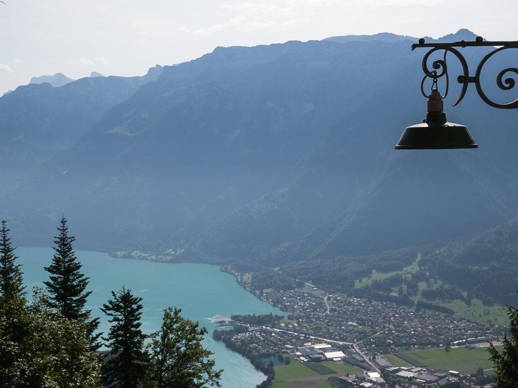 Vista dall'Harder Kulm sul lago di Brienz
