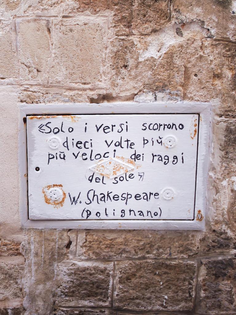 citazione di Guido le Flaneur, Polignano a Mare