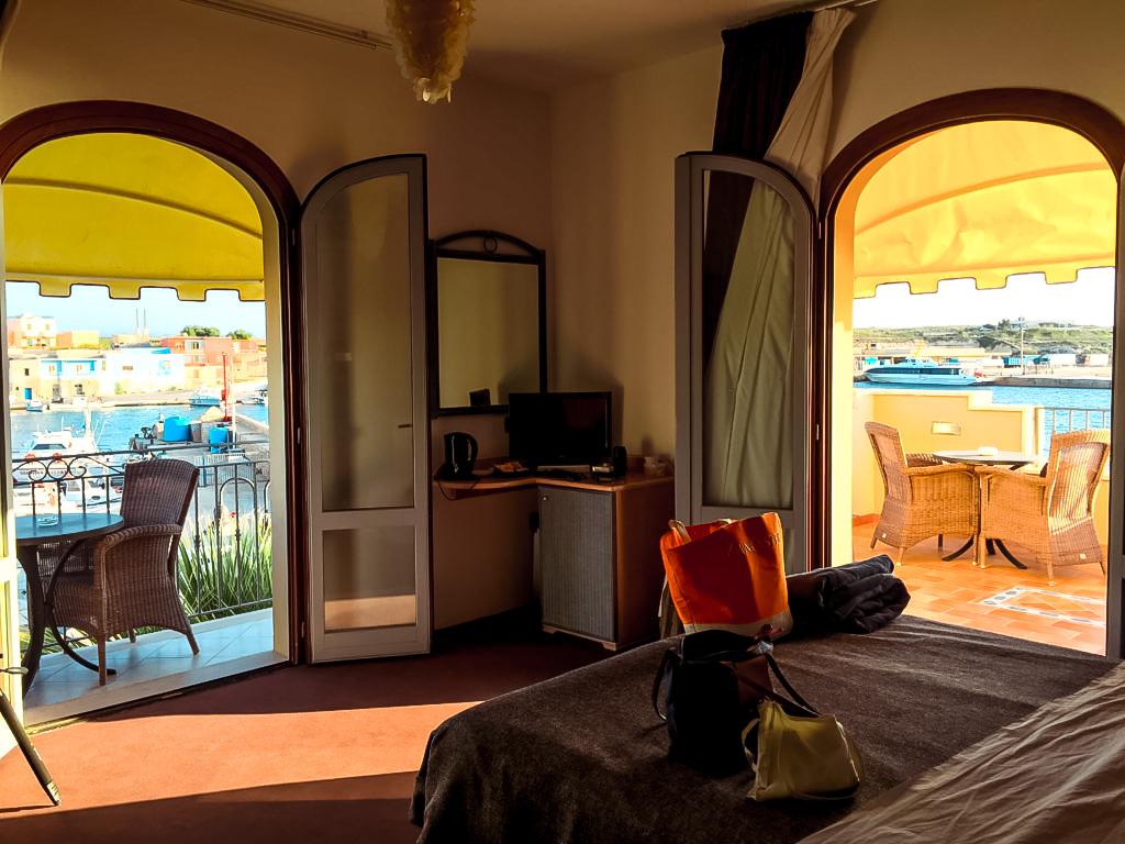 Lampedusa, Vista dalla nostra camera su Porto Vecchio