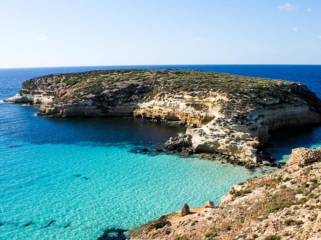 La spiaggia dei conigli, Lampedusa