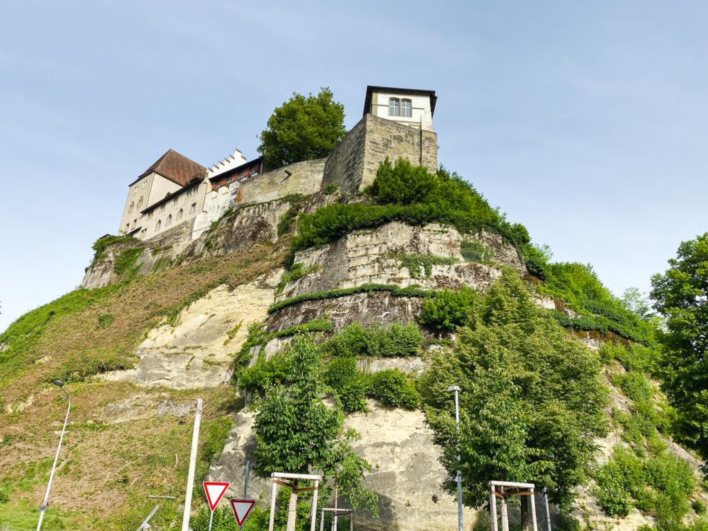 Il castello arroccato a Burgdorf