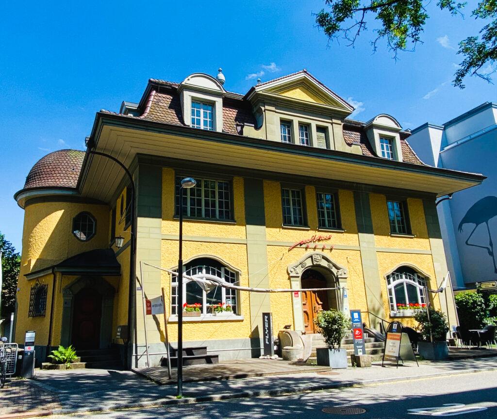 Edificio dell'ufficio Emmental in stile Klimt Kokoschka