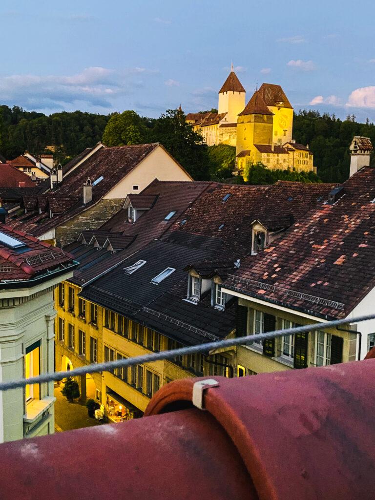 Vista sul castello dalla terrazza dell'Hotel