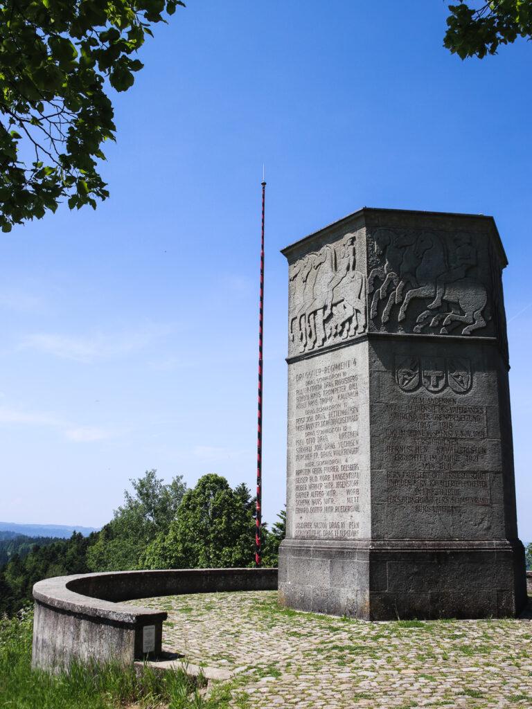 Monumento del Lueg